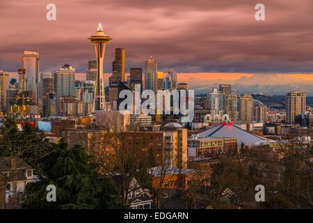 Downtown skyline with Space Needle at sunset, Seattle, Washington, USA - Stock Photo