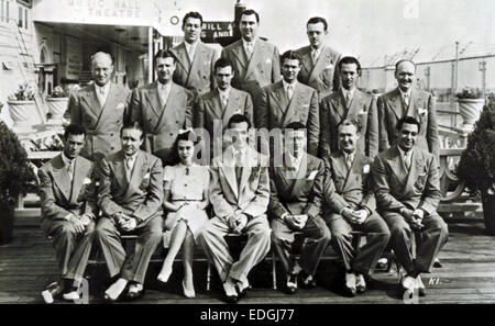 HARRY JAMES ORCHESTRA  about 1942. US band lead by Harry James (1916-1983) seated centre front row - Stock Photo