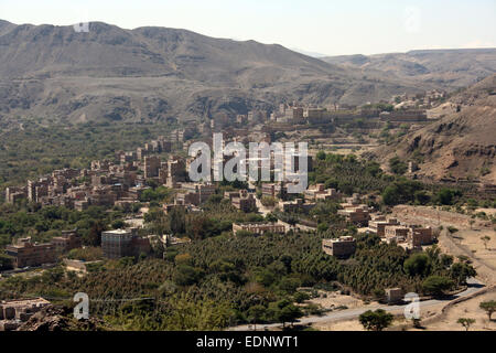 Small rural town north-west of Sanaa, Yemen - Stock Photo