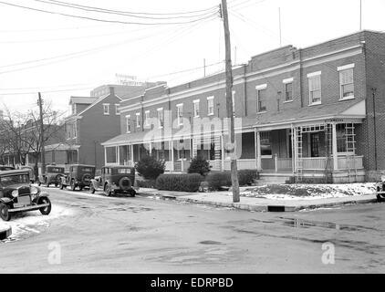 Lancaster, Pennsylvania - Housing. Low rental houses near linoleum plant - rental $18.00 - $20.00, 1936, Lewis Hine, - Stock Photo