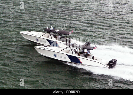 "US Customs and Border Protection Marine unit operating a 1200HP 39' Midnight Express Boat, as of 2014 ""the most - Stock Photo"