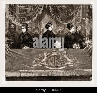 HER MAJESTY'S VISIT TO THE ROYAL ALBERT HALL, LONDON, UK, 1876: THE ROYAL BOX - Stock Photo