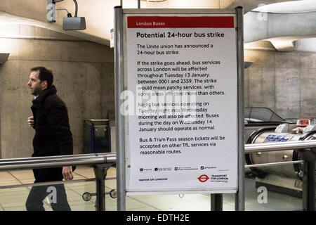 London, UK. 09 Jan 2015. A sign at London Bridge station warns passengers of a planned 24 hour bus strike by the - Stock Photo