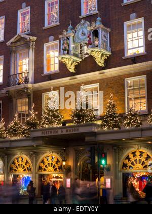 UK, England, London, Fortnum and Mason clock - Stock Photo