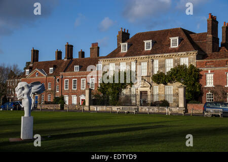 18Th Century House 18th century mompesson house in the cathedral close salisbury