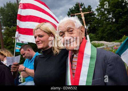 Budapest, Hungary. 26th May, 2014. Right wing elder members during rally of the Nationalists in Budapest. After - Stock Photo