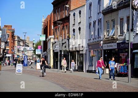 Shoppers along Southgate Street in the town centre, Gloucester, Gloucestershire, England, UK, Western Europe. - Stock Photo