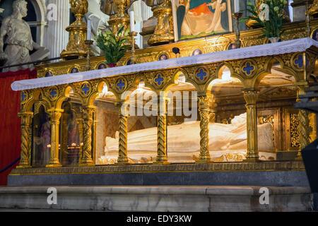 Interior of the Gothic basilica, construction began at the end of the 13th century, Santa Maria sopra Minerva, Rome, - Stock Photo