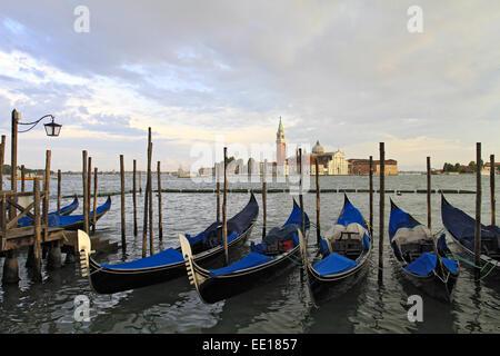 Gondeln am Canale Grande in Venedig, Italien - Stock Photo