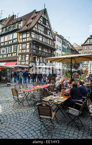 Street cafe on Rue du Maroquin, Strasbourg, Alsace, France, Europe - Stock Photo