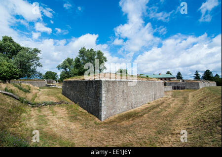 The huge walls of old Fort Erie on the Niagara River, Ontario, Canada, North America - Stock Photo