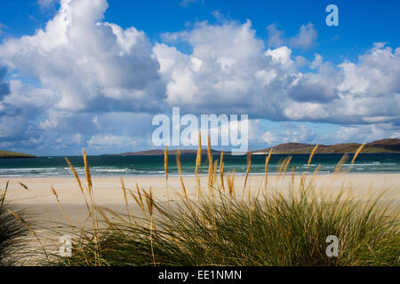 A view looking out from Luskentyre Beach on the west coast of The Isle of Harris, Scotland. - Stock Photo