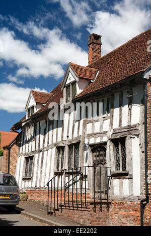 UK England, Suffolk, Lavenham, Barn Street, the Barn, medieval timber framed house - Stock Photo