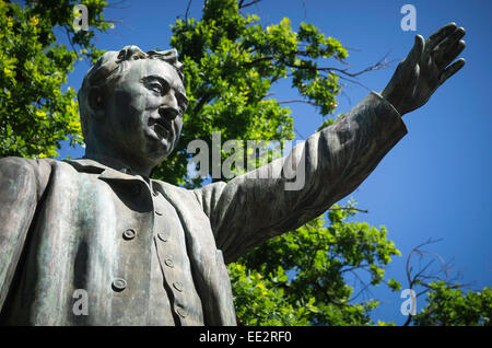 The statue of Cecil Rhodes in The Company's Garden, Cape Town, South Africa. Designed by Herbert Baker and unveiled - Stock Photo