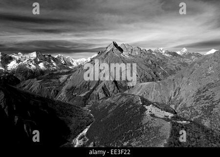 Khumbi Yul Lha mountain, Himalayan mountains, UNESCO World Heritage Site, Sagarmatha National Park, Solu-Khumbu - Stock Photo