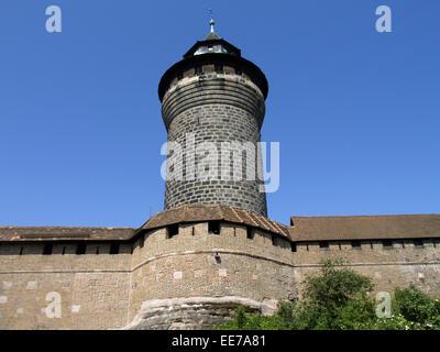 Deutschland, Nuernberg, Burg, Sinwell-Turm, Europa, Bayern, Franken, Mittelfranken, Stadt, Sehenswuerdigkeit, Burganlage, - Stock Photo