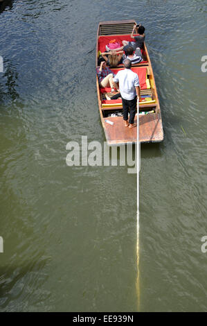 punting on the River Cam, Cambridge, England, UK - Stock Photo