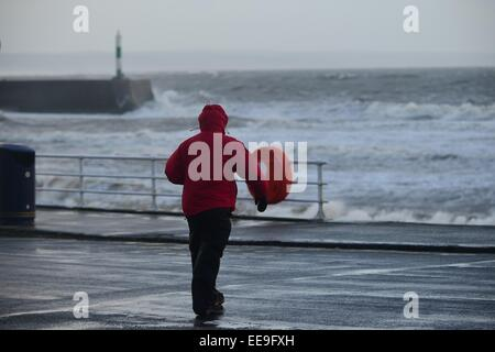 Aberystwyth, Wales, UK. 15th January, 2015. UK weather. Overnight stormy weather and driving rain in Aberystwyth - Stock Photo