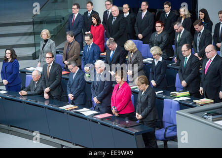 Berlin, Germany. 15th Jan, 2015. The cabinet members commemorate the victims of the terror attacks in Paris at the - Stock Photo