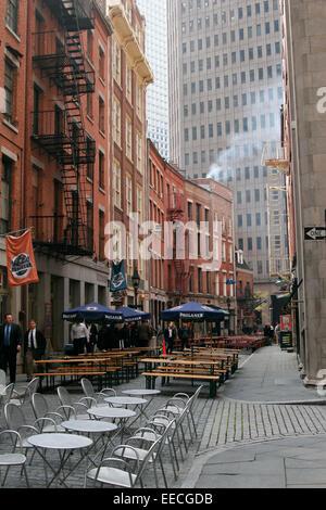 Outdoor restaurants at Pearl Street , Lower Manhattan, New York City - Stock Photo