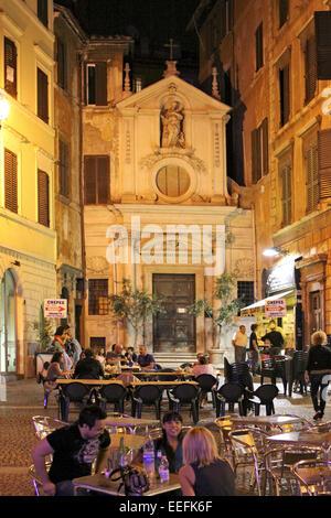 Italien, Rom, Restaurant am Piazza Farnese bei Nacht - Stock Photo