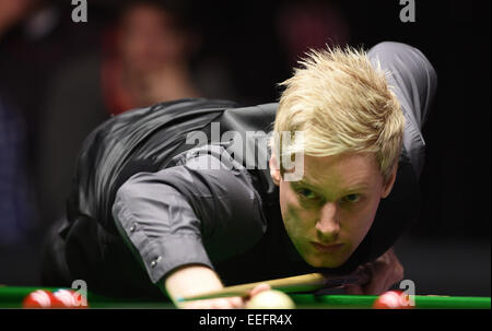 London, UK. 17th Jan, 2015. Masters Snooker Semi Final. Neil Robertson totally focused. World number one Robertson - Stock Photo