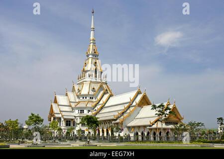 Tempel Wat in Chachoengsao nahe Bangkok Thailand Siam, Architektur asiatisch Asien Baukunst Bauwerk Buddha Buddhismus - Stock Photo