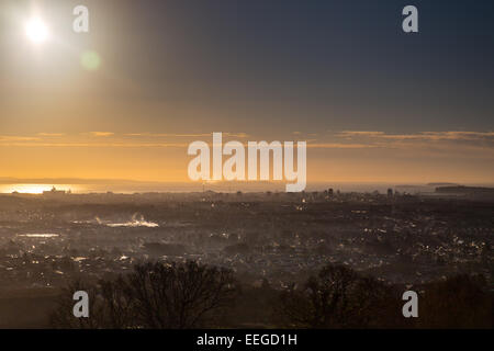 Cardiff, Wales, UK. 18th Jan, 2015. Cardiff enjoyed a sunny morning after a heavy frost last night. Temperatures - Stock Photo