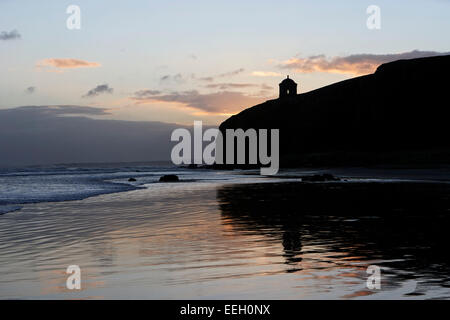 Downhill beach and mussenden temple site of the Dragonstone in Game of Thrones northern ireland - Stock Photo