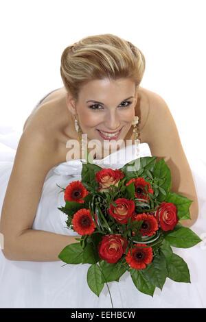 Braut, Hochzeit, Glueck, Gluecklich, Heirat, Heiraten, Brautkleid, Strauss Brautstrauss, Hochzeitsstrauss, Blumen, - Stock Photo