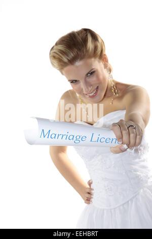 Braut, Hochzeit, Heirat, Heiraten, Brautkleid, Ehevertrag (Modellfreigabe) - Stock Photo