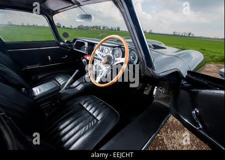 a dashboard of an old e type jaguar car stock photo royalty free image 37271121 alamy. Black Bedroom Furniture Sets. Home Design Ideas