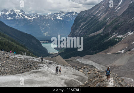 Canada, Alberta, Banff National Park, Canadian Rockies, Hikers walking in valley - Stock Photo