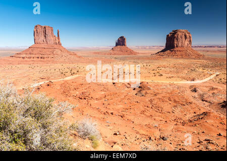 USA, Utah, Navajo Nation, Monument Valley, Monument Valley Navajo Tribal Park, The Mittens - Stock Photo