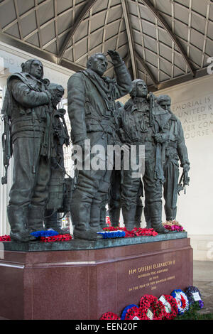 The Royal Air Force Bomber Command Memorial is a memorial in Green Park in London, England. - Stock Photo