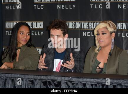 New York, NY, USA. 20th Jan, 2015. TLC: Rozonda 'Chilli' Thomas and Tionne 'T-Boz' Watkins with New Kids on the - Stock Photo