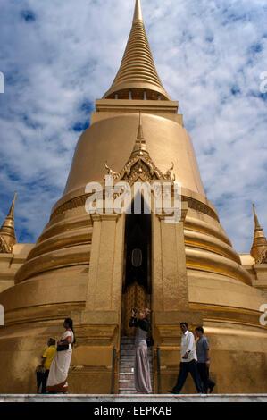 Golden stupa, Temple of the Emerald Buddha (Wat Phra Kaew) in the Grand Palace, Bangkok, Thailand, Southeast Asia, - Stock Photo