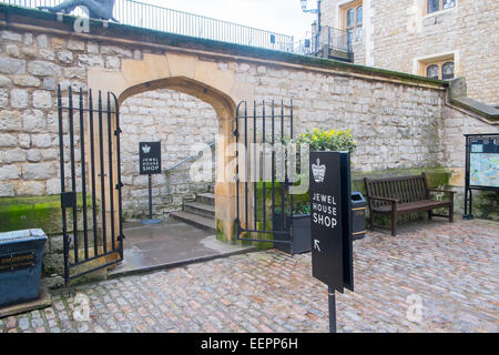 entrance to the jewel house shop at the Tower of London, England - Stock Photo