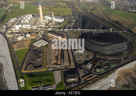 An aerial view of Aberthaw 'B', a coal-fired  Power Station in South Wales - Stock Photo