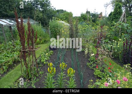 Ornamental organic kitchen garden cheshire uk stock for Ornamental kitchen garden design