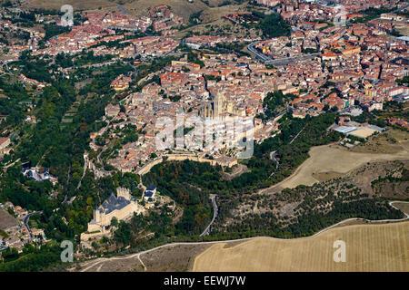 Aerial view of Segovia form the Alcazar to the aqueduct, Segovia, Castile and León, Spain - Stock Photo