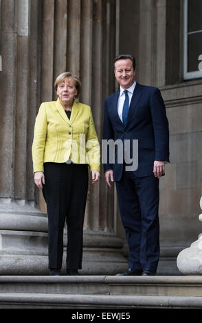 Prime Minister David Cameron and Chancellor of Germany Angela Merkel at The British Museum - Stock Photo
