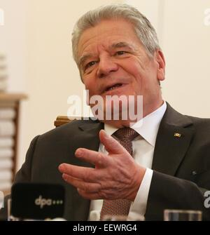 Berlin, Germany. 15th Jan, 2015. German Federal President Joachim Gauck speaks during a dpa interview at Bellevue - Stock Photo
