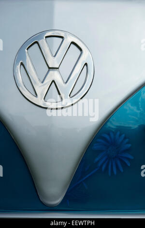 VW Volkswagen camper van front with spray painted daisy flower decoration - Stock Photo