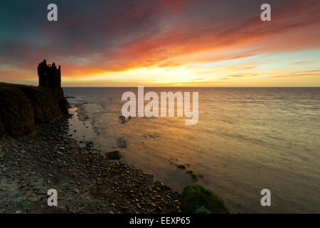 Sunrise at Keiss Castle, Caithness - Stock Photo
