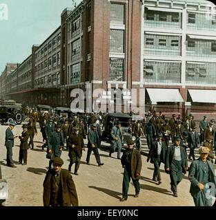 Employees Leaving Ford Factory, Detroit, Michigan, USA, Magic Lantern Slide, circa 1915 - Stock Photo