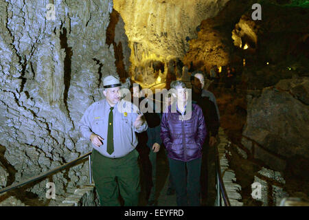 US Interior Secretary Sally Jewell tours Carlsbad Caverns National Park during a visit to the region January 22, - Stock Photo