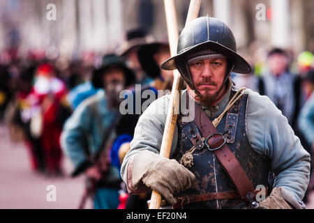 London, UK. 25th January, 2015. Every year on the last Sunday in January history enthusiatsts re-enact the King's - Stock Photo