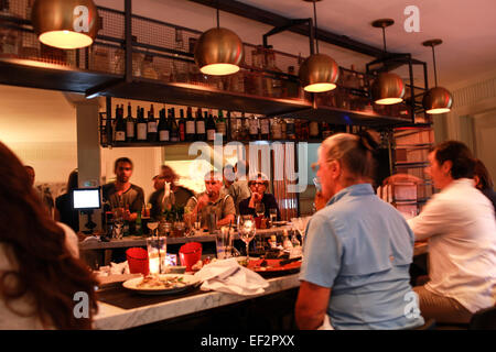 Customers dining at One Twenty One Restaurant in North Salem, NY. - Stock Photo