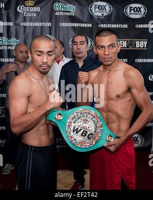 San Antonio, TX, USA. 25th Jan, 2015. Rocky Juarez (left) Robinson Castellanos (right) weigh-in for the WBC Silver - Stock Photo